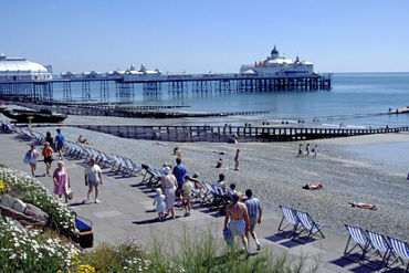 Eastbourne with Airshow: £579 pp